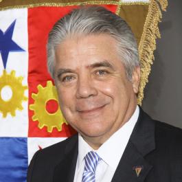 Fernando Aramburú P.