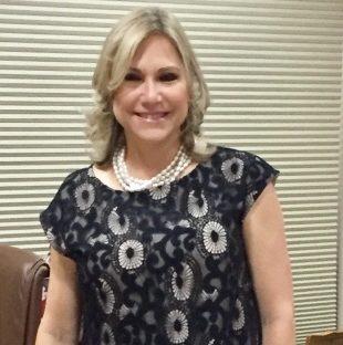 Marta Lewis Navarro